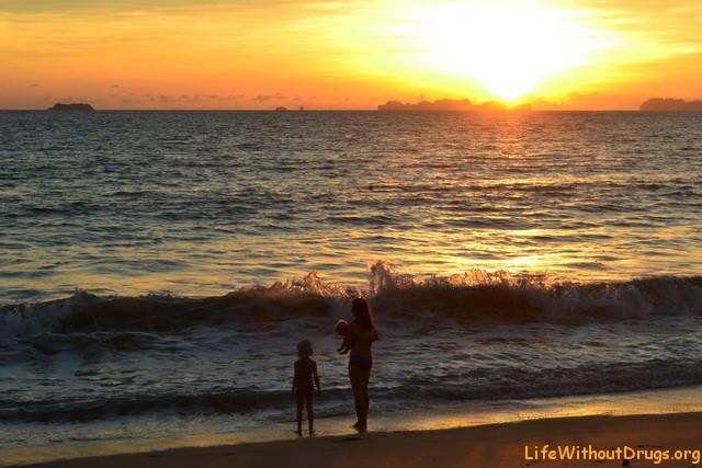 Солнце прямо над островами Пи-пи