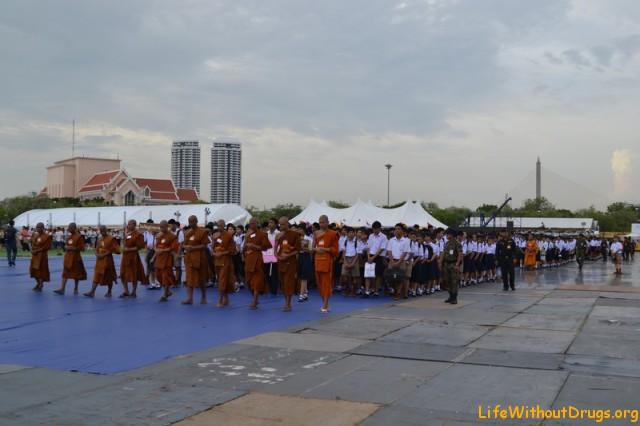 репетиция шествия на день рождения Будды
