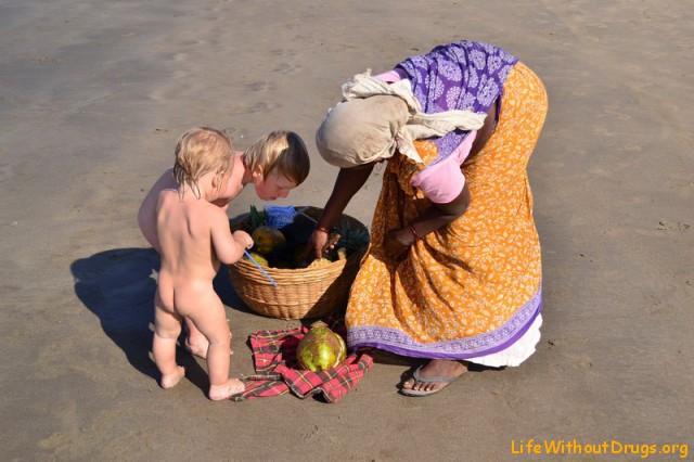 В Гоа с детьми :)