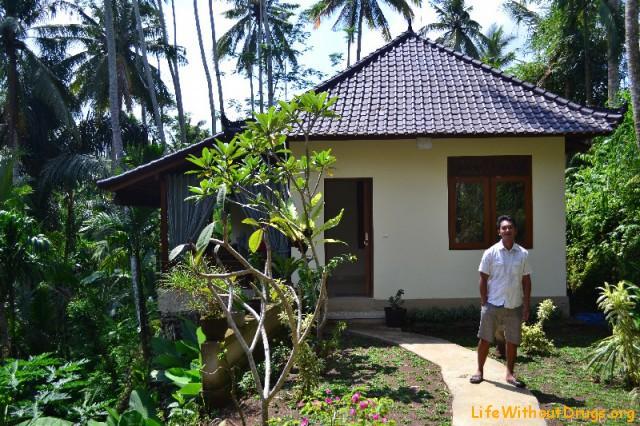 скромный дом в аренду на Бали