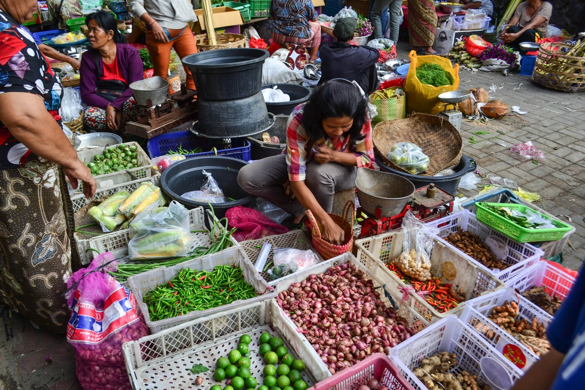 Утренний рынок на Бали. Просыпаемся с рассветом - идем покупать овощи и фрукты!