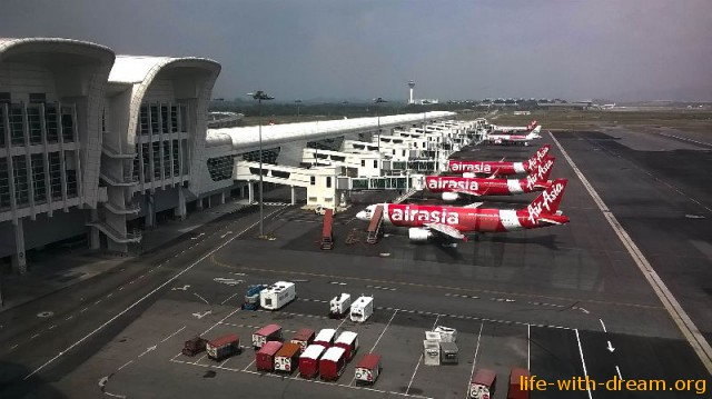 KLIA2 - аэропорт для лаукостеров в Куала-Лумпур
