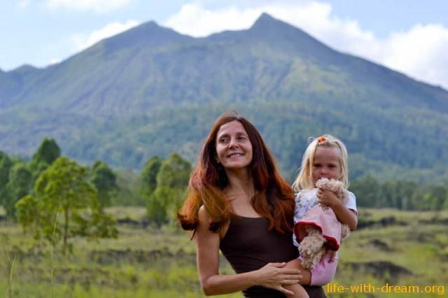 Один наш день на Бали. Водопад Йех-Мампех и вулкан Батур