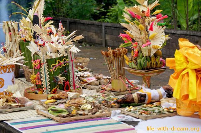 ceremoniya-kremacii-na-bali-1