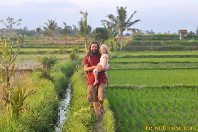 Почему мы остались жить на острове Бали?