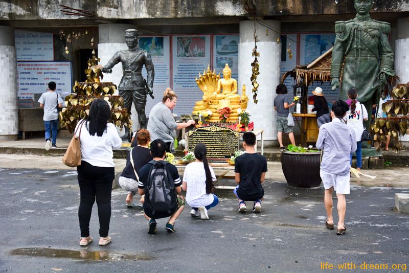 Большой Будда на Пхукете - медитация в облаках