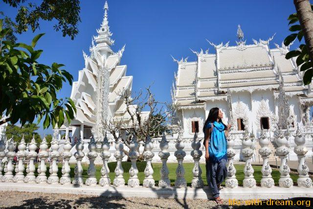 Достопримечательности Чианграя. Белый храм.