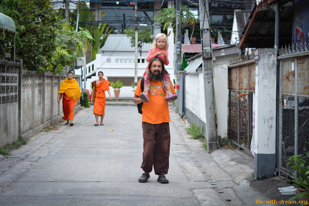 Чиангмай. Фото-прогулки по старому городу.
